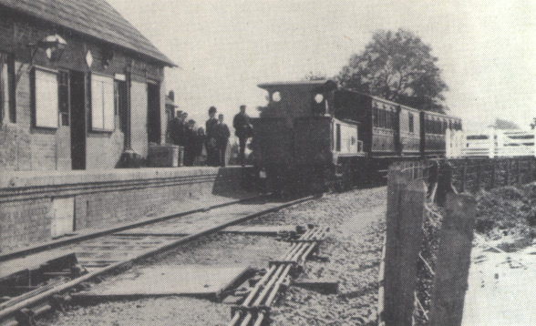 1384 waiting to depart from Hemyock, circa 1905