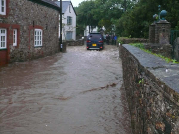 The Catherine Wheel - Floods May 2008