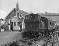 1470 at Hemyock with the 2.45 to Tiverton Junction, 04/09/1962, image © Robert Darlaston, www.robertdarlaston.co.uk
