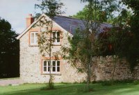 One of 3 cottages in this lovely spot near Hemyock.  Image © Martin Bodman
